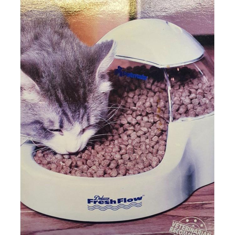 Comedero dosificador para gatos y perros